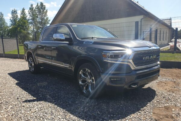 2020 RAM 1500 4WD Crew Cab LIMITED – FULL OPTIONS